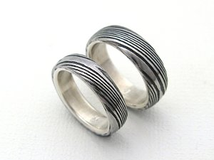 Stainless Damascus Rings With Woodgrain Pattern